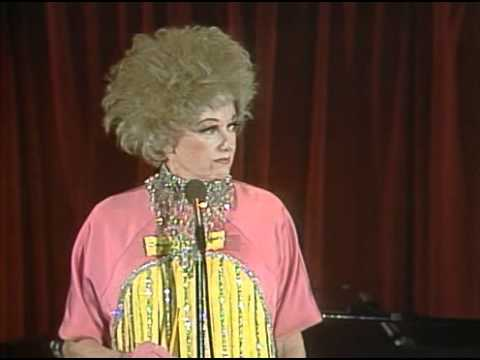Phyllis Diller - Fat Jokes 1977 ( Stand Up )