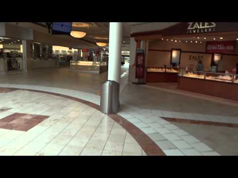 Rockin' the Gauntlet: Mall of New Hampshire - Manchester, NH