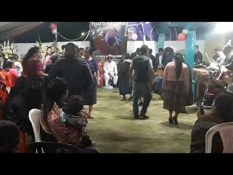 Bailando En La Aldea La Palestina  SuMagestad  Club Amistad