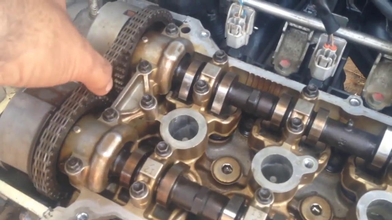 Whats inside an Engine | Parts of Car Engine In Hindi | Short ...