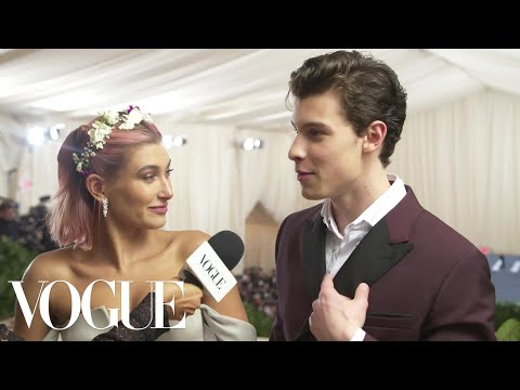 Cover Lagu Shawn Mendes and Hailey Baldwin on Who Looks Better at the Met Gala | Met Gala 2018 With Liza Koshy STAFABAND
