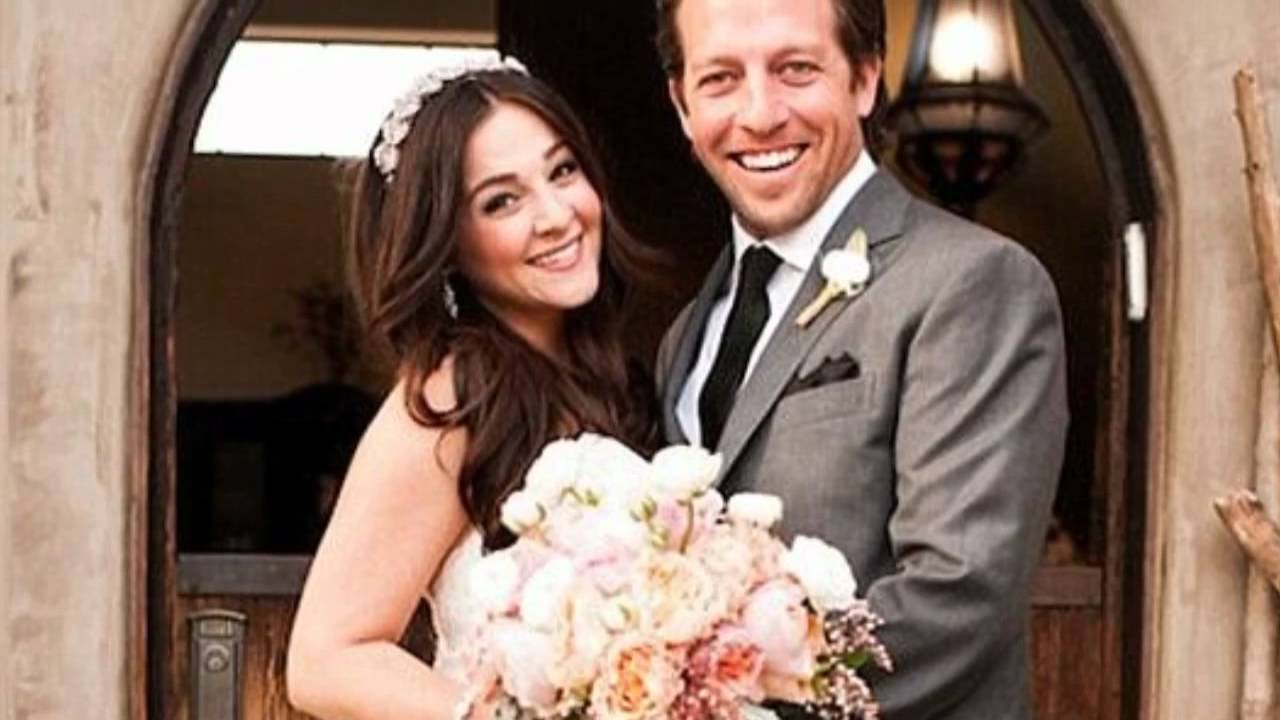 Curly Sue Star Alisan Porter, 31, Welcomes a Baby Boy ...