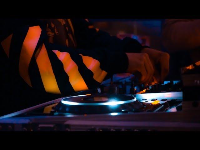 Wint3rz - Melodie Australian Pub