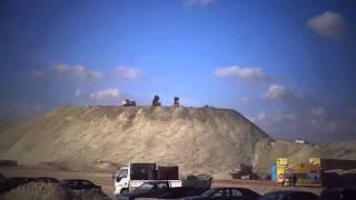 قناة السويس الجديدة: أعلى تل رمال من نواتج الحفر بقناة السويس الجديدة