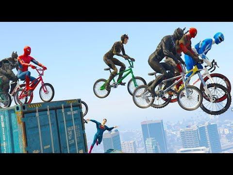 SuperHeroes Funny Bicycle Race - W/ Spiderman, Superman, Batman & more..