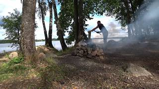 Выходные на реке рыбалка с лодки ловим на донки готовим на костре Приключения Vlog 7