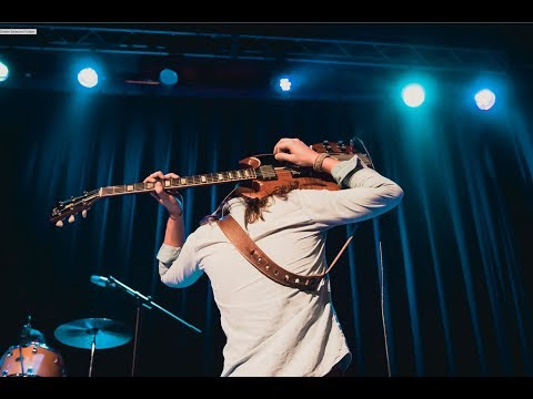 Greta Van Fleet - Highway Tune + Safari Song [Live at The Granada]