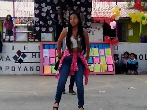 Baile moderno - I.E. 1263 Puruchuco
