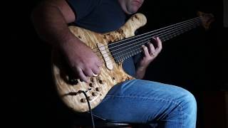 Gambar cover Jerzy Drozd solo bass cover with effects and loop