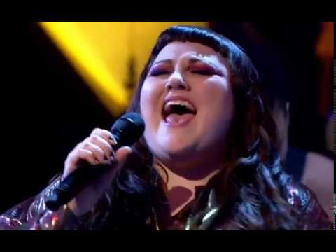 Beth Ditto - Standing In The Way Of Control - Jools Holland Performance