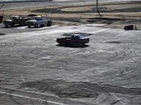 AE86 doing perfect donuts at the Altamont Speedway in California