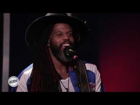 """Robert Glasper Experiment performing """"Day To Day"""" Live on KCRW"""