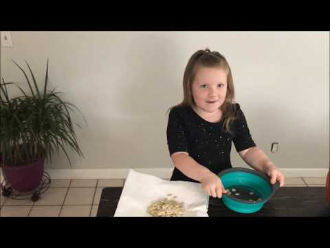 Taking out and cleaning Pumpkin Seeds with Summer