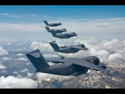 Airbus A400M Atlas RAF Demo at RIAT 2015