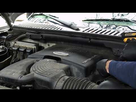 2003 ford expedition 5 4L misfire problem - bad coil - P0301 - YouTube