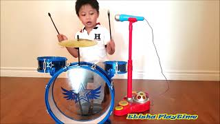 DRUM SET FOR KIDS LITTLE DRUMMER. Can you see a future for this litle one??