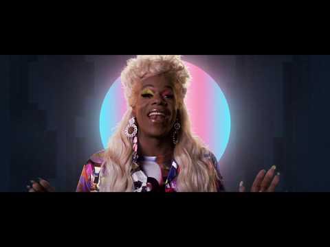 Смотреть клип Big Freedia - Chasing Rainbows Feat. Kesha