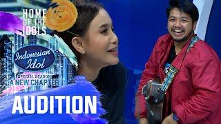 Ganteng, Suara Bagus, Jago Main Gitar Pula, Happy Andromeda - Audition 1 - Indonesian Idol 2021