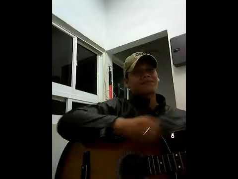 Bernyanyi tanpa arah ..