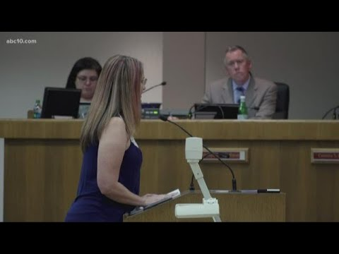 Parent addresses Elk Grove School Board on bullying