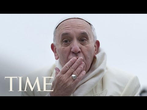 Watch This Sneaky Little Girl Casually Steal The Pope's Hat | TIME