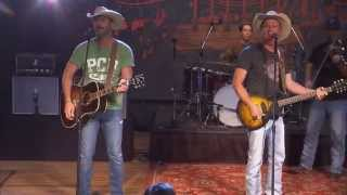 "Kevin Fowler & Deryl Dodd perform ""Damn This Ol"