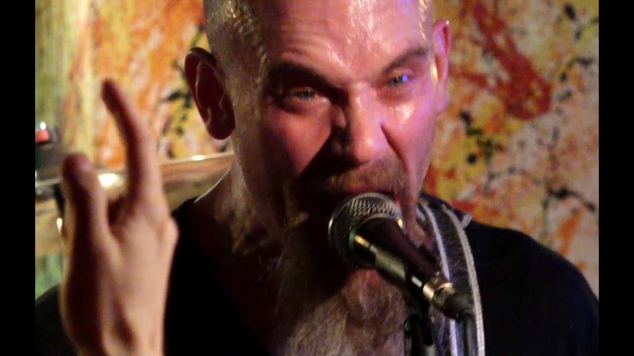MONDO GENERATOR - 'Fuck It' / Live @ MKNŽ
