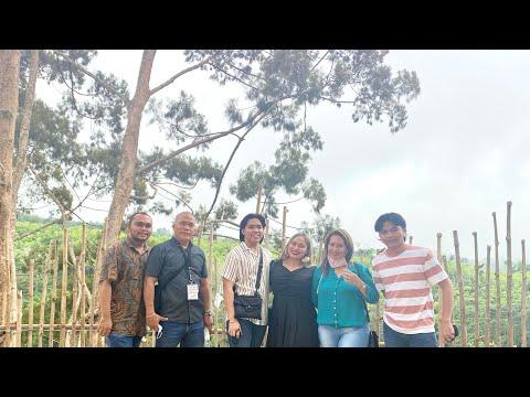 Vlog #85: Touring at Strawberry & Guyabano Farm