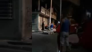 Policía sin uniforme agrede a Civil