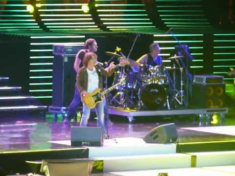 Wind Music Awards 2010-Ligabue-Un colpo all'anima