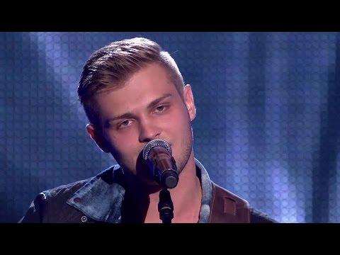 The Voice of Poland V - Gracjan Kalandyk - 'Give Me Love' - Przesłuchania w ciemno
