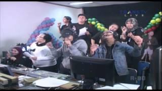 Video FITRI CARLINA [Anti Galau] Live At Yuk Keep Smile YKS (23-02-2014) Courtesy TRANS TV download MP3, 3GP, MP4, WEBM, AVI, FLV Maret 2018