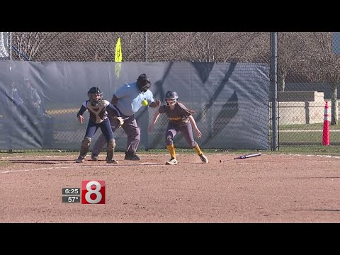 East Haven softball tops Lauralton Hall, 5-4