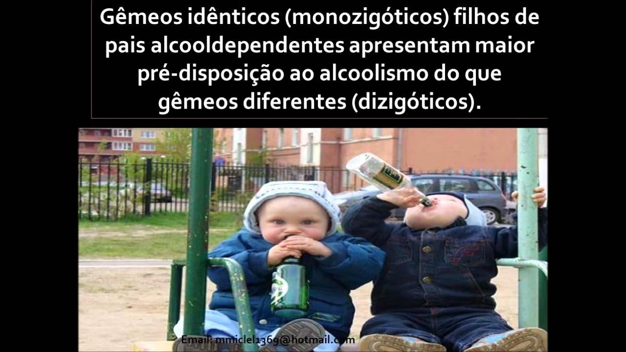 Entre que soalho mais genético um componente em formação de alcoolismo