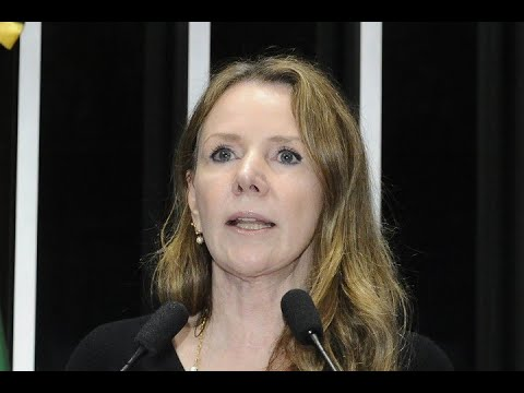 Vanessa Grazziotin critica declaração de comandante do Exército