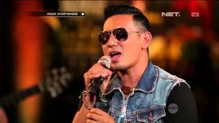 Rio Febrian - Memang Harus Pisah (Live at Music Everywhere) *