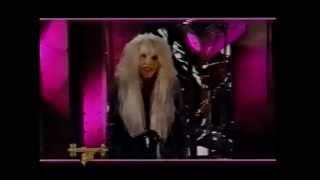 Vanessa Warwick introduce new Iron Maiden video, Headbangers Ball 1990