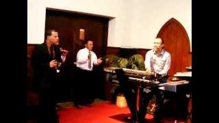 Grupo Amor Intenso-Asi se alaba a Dios