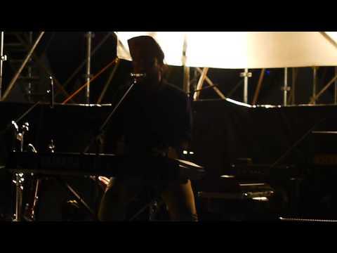Monoloque - Pujaan Hatiku Live at Urbanscapes 2012