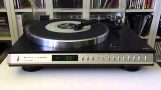 Sanyo Plus Q60 Direct Drive Turntable plays The Phantom of the OPERA 7' glow in the dark single
