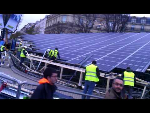 Madinfranck/COP 21/panneau photovoltaique/champs Elysées Paris