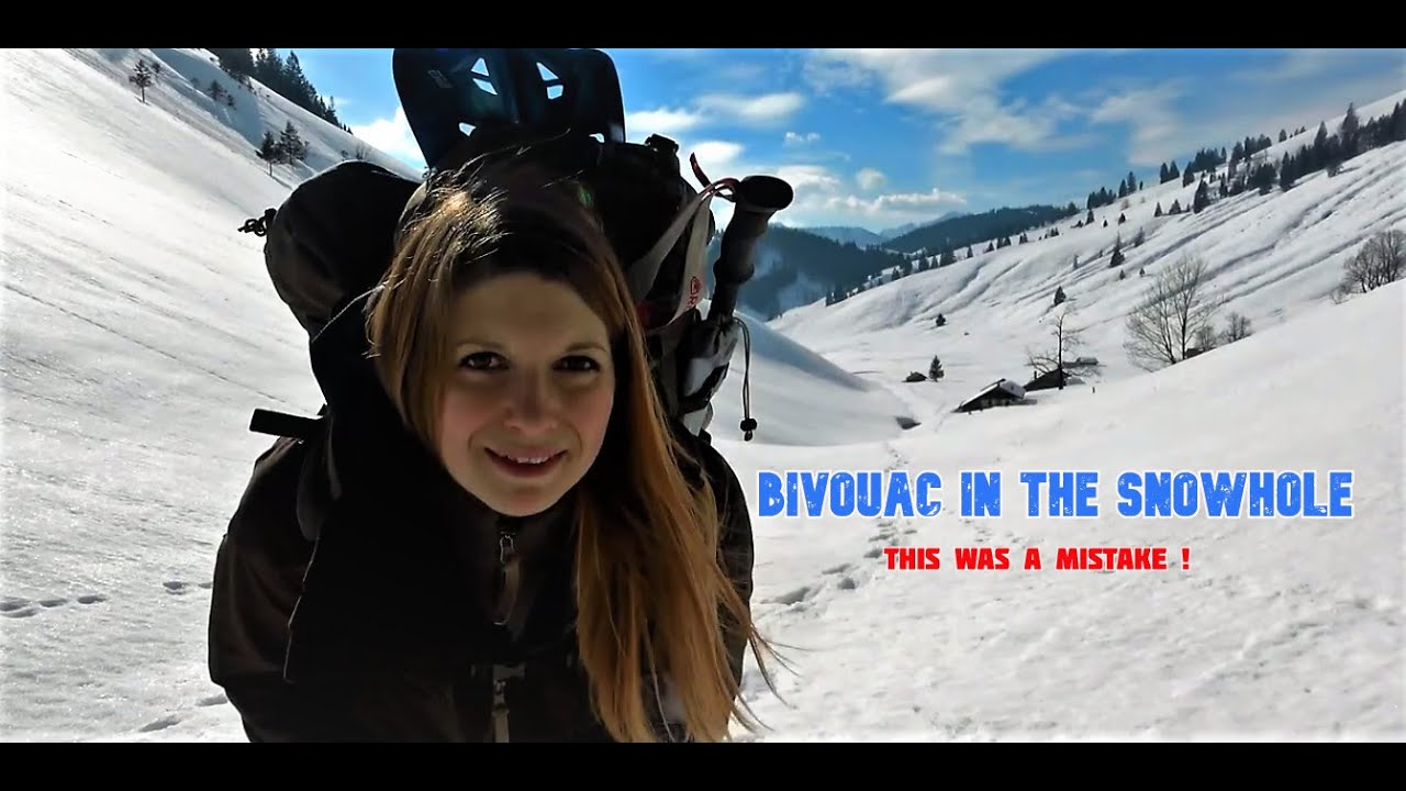 Winter bivouac ❄️The most extreme night in the snow hole 🌨️ Vanessa solo tour in the Alps