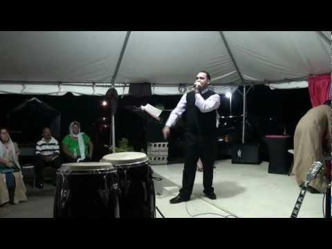 "Primera Iglesia de Dios Fajardo ""Predicacion"" 8/11/12"
