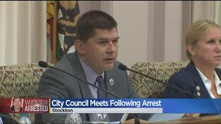 Full Crowd Greets Stockton Mayor At First Meeting Since Strip Poker Arrest