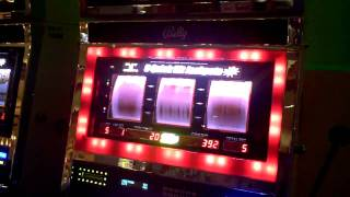 Quick Hits Bally 25 cent slot machine bonus win at showboat