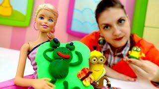 Миньоны помогают Барби по дому. Игры в куклы