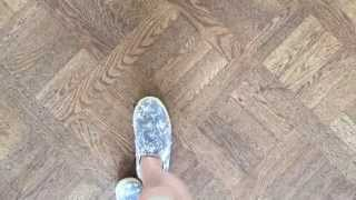 Repeat youtube video Taking off shoe in castle