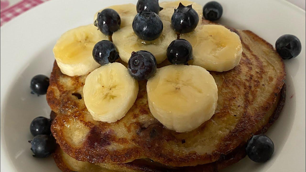 (隨心早餐)健康簡單快捷早餐 #藍莓香蕉Pancake (Healthy blueberry banana pancake) - YouTube