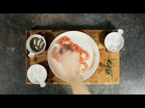 Så lagar du vår fläskkarré med sötpotatis, tomater och bearnaisesås