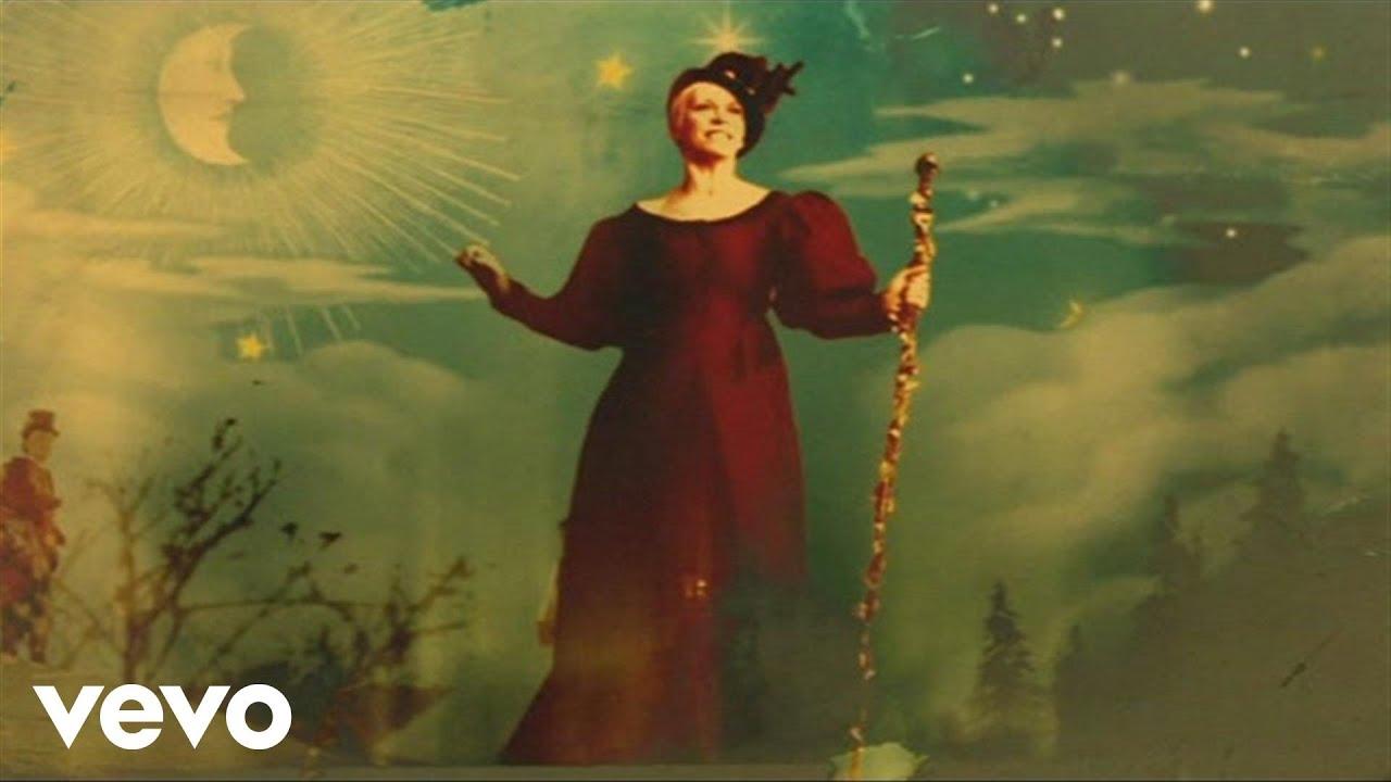 Annie Lennox - God Rest Ye Merry Gentlemen - YouTube
